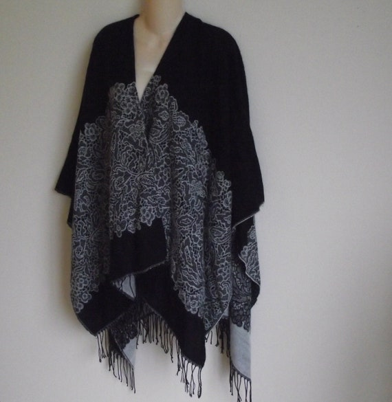 Vintage sweater poncho wrap shawl black white Boho one size fits all