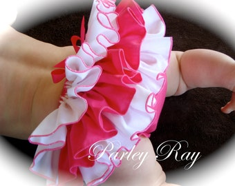 Beautiful Parley Ray Strawberry Delight Custom Boutique Ruffled Baby Bloomers/ Diaper Cover / Photo Props