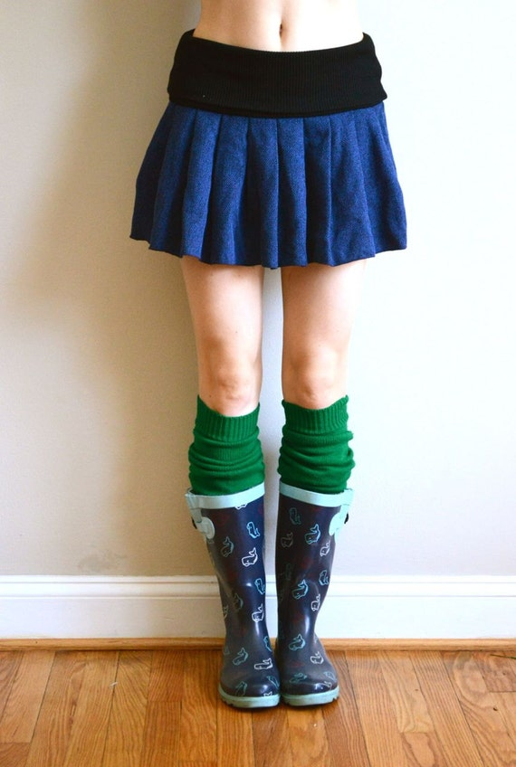 Forest leg warmers. Green knit. Upcycled. Perfect for boots & flats.