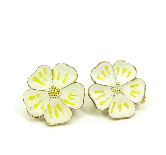 White Poppies Flower Earrings Yellow Enamel Vintage Gold Painted Clip On Earrings