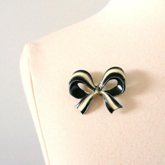 Vintage Enamel Bow Brooch - 1960s - Cream and Black