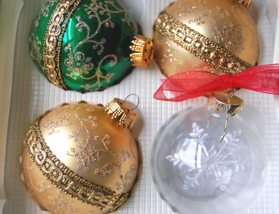 Christmas Glass Ornaments Vintage Krebs 4 Gold Green Snowflake Ribbon 1980s