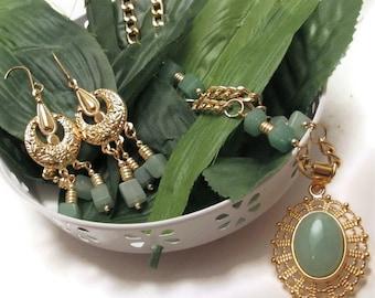 Green Adventurine Necklace & Earrings (S041)