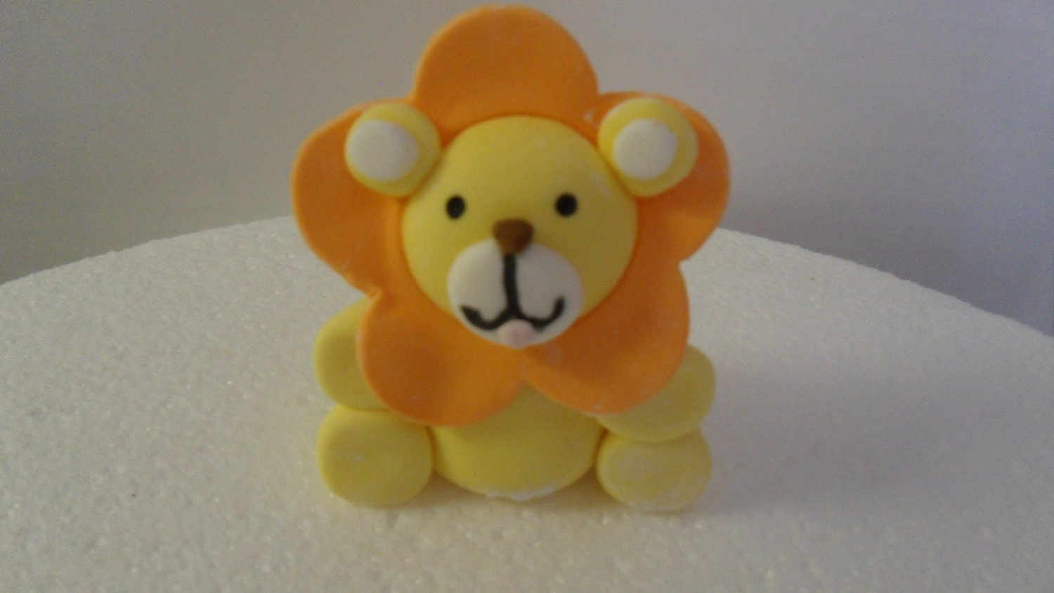 Fondant Animal Cake Toppers images