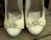 Satin Bow Shoe Clips - Color Choice, Jewel Choice - set of 2 - Rhinestone shoe clips, bridal shoe clips, satin shoe clips