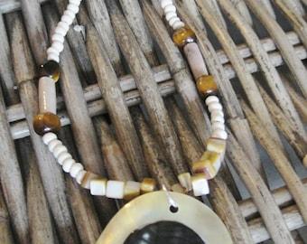 Necklace, short, white