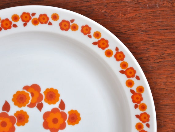 Arcopal 'Lotus' dinner plates - set of five