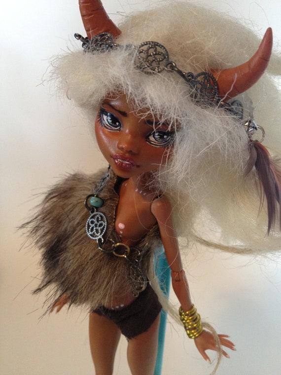 meet Magdalena the forest protector custom ooak clawdeen doll