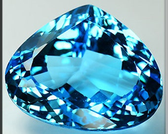 Natural blue topaz heated 67.10 cts VVS No drilled