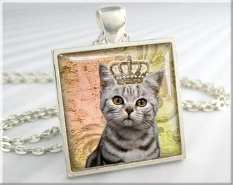 Kitty Queen Necklace, Cat Pendant, Cat Art Charm, Kitten Pendant Jewelry, Round Silver, Cat Lover Gift (146SS)