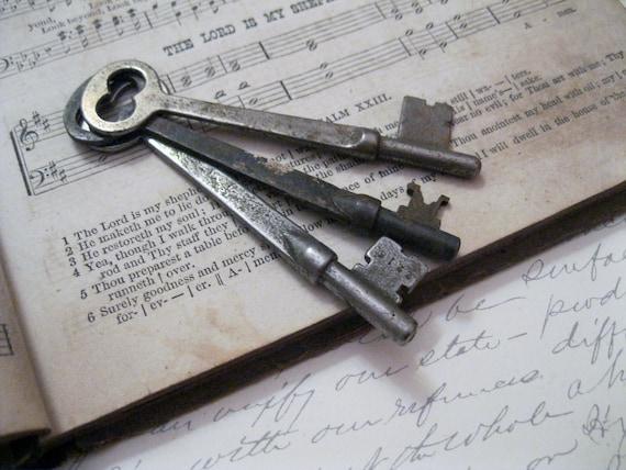 Antique Skeleton Keys - The Keys to the Church