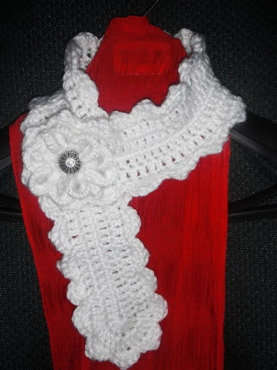 Free Crochet Pattern Scallop Scarf : Crochet Pattern Lady Scallop Edge Neckwarmer Scarf by SewTown