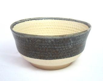 Stoneware Countess VIII Bowl