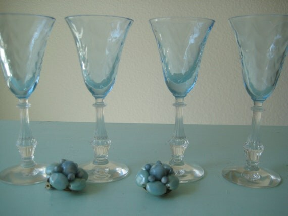 Very Rare Set Of Four Fostoria Blue Wavecrest Cordials Blue