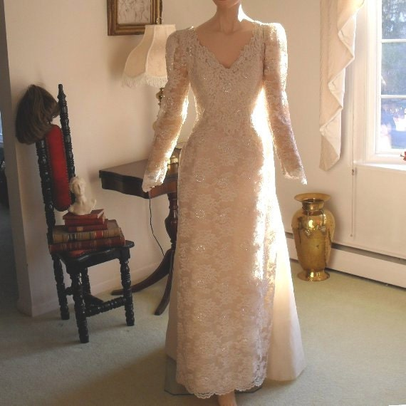 Wedding Dress Bridal Gown Ivory Vintage Lace Sequins