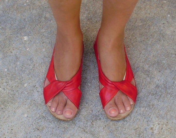 vintage red leather flat sandals shoes, comfort shoes size US 9 EUR 40 UK 6.5