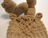Baby bear hat with ears and booties.  0 to 3 months.  Made to order.  Newborn photography prop or baby shower gift.