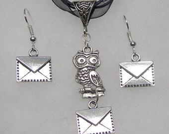 Harry Potter (Hedwig Owl ) With Letters  Neckalce & Earrings Jewelry Set w/ 9.25 SS earwires