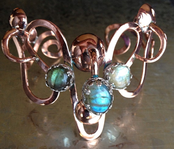"OOAK Copper & Sterling Silver Bracelet of Legend set with Blue-Green Flash Labradorite - ""The Labyrinthine Armring of Ariadne"""