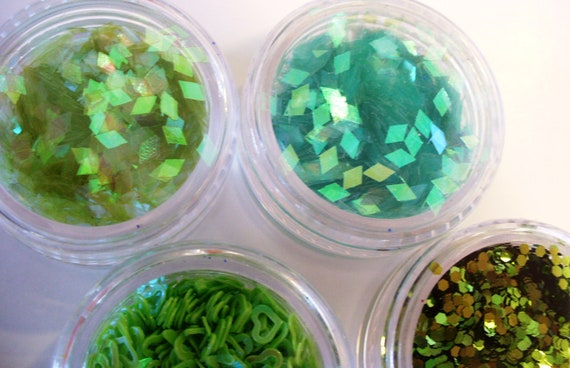 Nail Art Supplies Glitter Mini Pots in shades of green iridescent fine chunky and heart shaped glitter set of 5