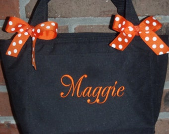 Personalized Embroidered Lunch bag in many colors