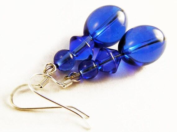 Cobalt Blue earrings. Blue glass bead dangle earrings. 80's style jewelry. Retro earrings