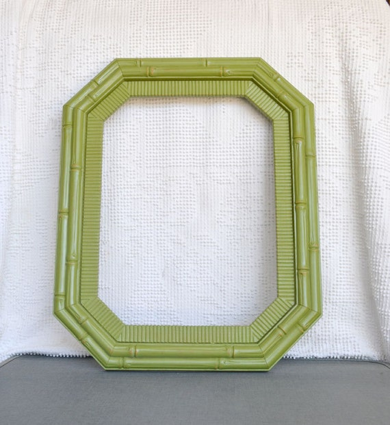 Large 12 x 16 Green Vintage Syroco Faux Bamboo Frame w/ Glass- Chartruese Green Picture Frame Fall Photography Prop Photo Booth Modern