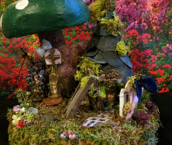 Fairy House, Pixie House, Miniature Art, Fantasy,  Woodland Fairy, Collectible, Green, Forest
