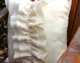 Pillow cover Frilly Cream18x18
