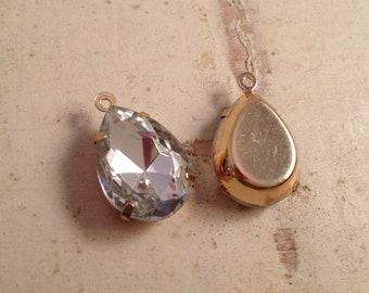 4 Pcs Diamond Drop Opaque Drop Gems Jewels Diamond Pear cut Drop Gem Charm Gold Brass setting F022
