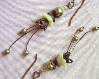 Little Light Green Flower Earrings