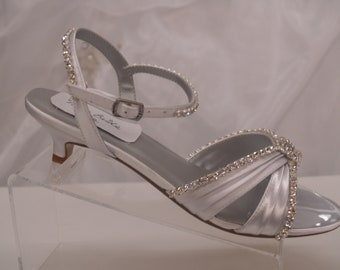 Wedding Shoes Bling Bling Very Low heel, White Wedding Sandal, Open Toe Strappy, Kitten Heel, Ankle Strap. Rhinestone Crystals, Beach,Cruise