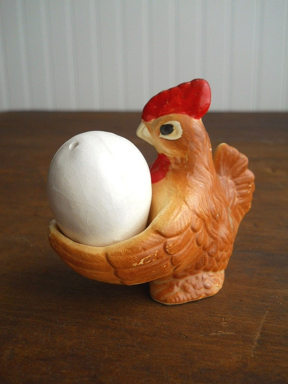 Vintage Chicken with Egg Salt and Pepper Shakers
