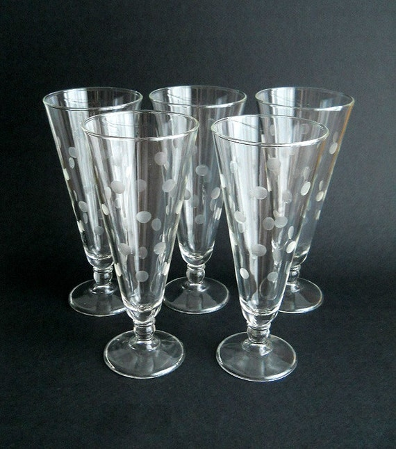 Vintage Retro Pilsner Glasses