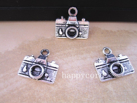 20pcs of  Antique silver camera Charms 10mmx16mm