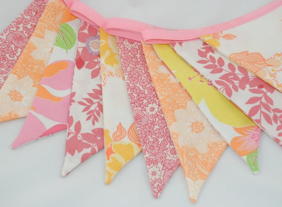 Pretty Vintage Party Bunting - PEACH MELBA - The perfect decoration for Showers, Weddings and Summer Parties