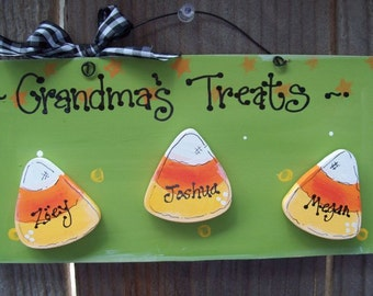 HALLOWEEN CANDY CORN personalized plaque sign Mom nana Grandma or anyone wood crafts