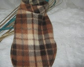 Sweater in Carmel Plaid Fleece Sz Xsm