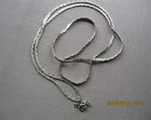 Jewelry Vintage Silver Patterned Edging  29 inch Chain Necklace no markings