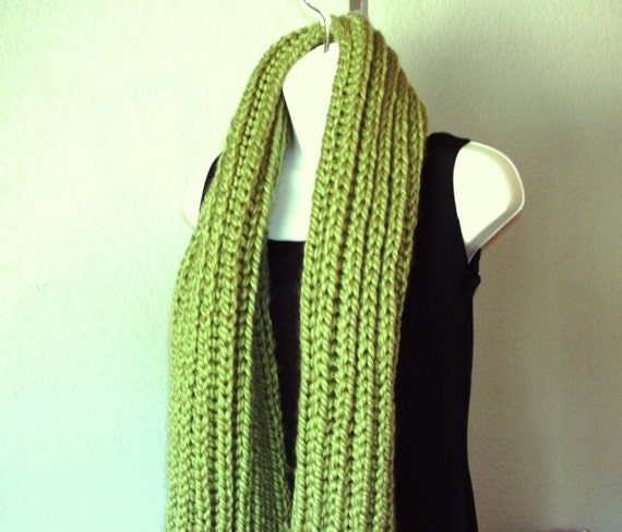 Chunky Scarf Shawl PDF knitting pattern free by HandKnitArtisans