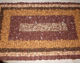 Hand Hooked 9.5 x 14.5  Primitive Farmhouse Place Mat / Pot Holder / Table Mat Rectangle Made To Order