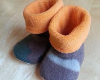 Baby, toddler, children's fleece slipper socks with no-slip soles, brown/green toned camo & orange