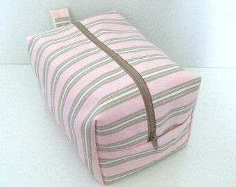 Pink Makeup Bag  - Cosmetic Pouch -  Lunch Bag - Wet Bag -Waterproof Bag
