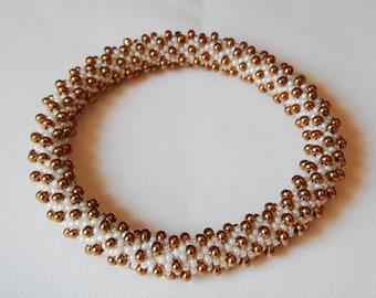 Bead Crochet Bangle: Broken Spiral
