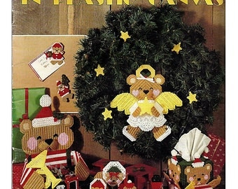 It's Bearly Christmas in Plastic canvas Pattern Book - Leisure Arts 1196