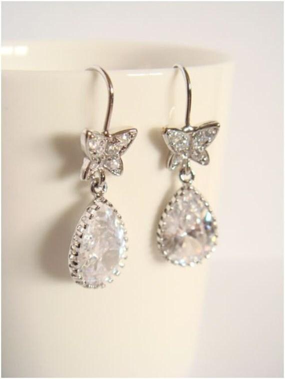 Bride earrings - Cubic zirconia earrings - Dangle Bridal earrings - Wedding bridesmaids earrings