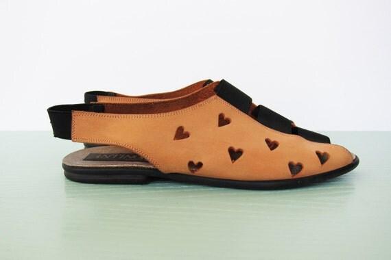 Cute Cute Cute Vintage Sandals