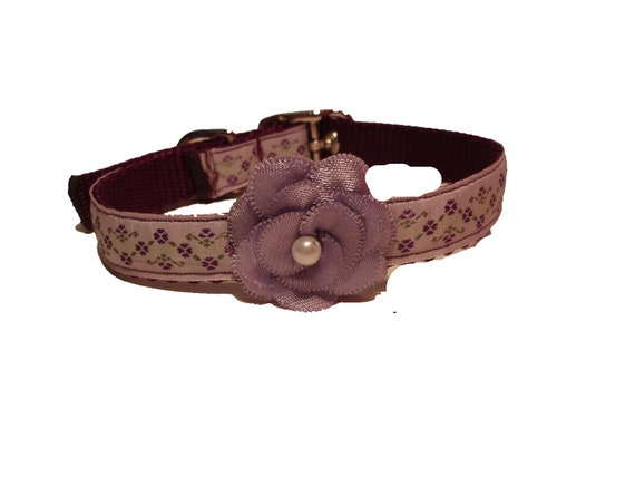 Passionate Purple Flowered Collar with a Pretty Purple Posie