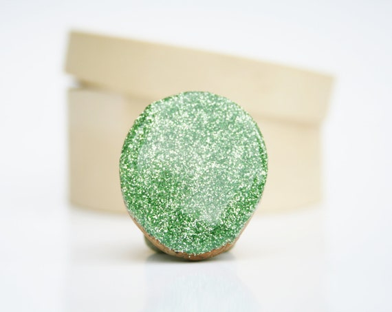 Green glitter statement ring peridot cocktail ring best friend gift eco friendly  starlightwoods