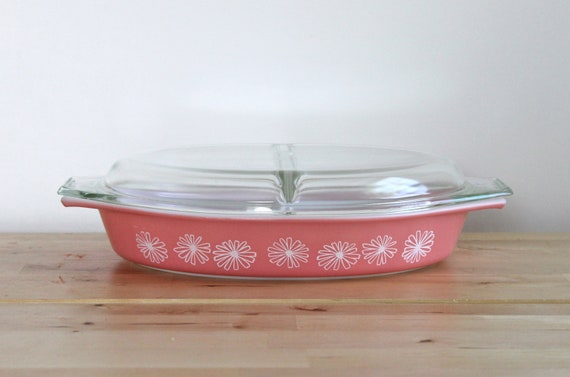 "Pink Pyrex ""Pink Daisy"" Divided Dish - Promotional Pastel Casserole with White Flowers and Lid"